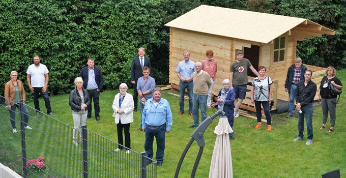 Claus Jacobi besucht neue Tagepflegeeinrichtung in Silschede